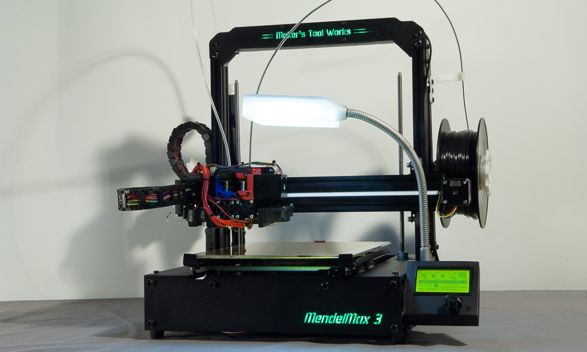 The MendelMax 3 3D printer - The completely assembled printer complete with custom parts